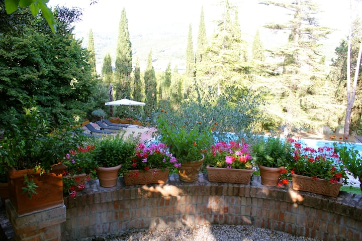 Villa with pool between Tuscany and Umbria - Corciano