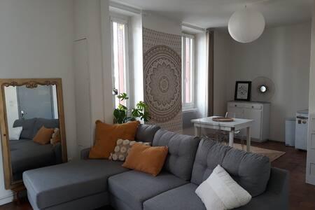 Appartement lumineux et idéalement situé