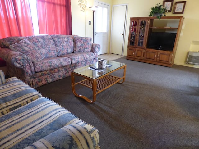 Cozy 1 Bedroom Hide Away near Lake Powell #117