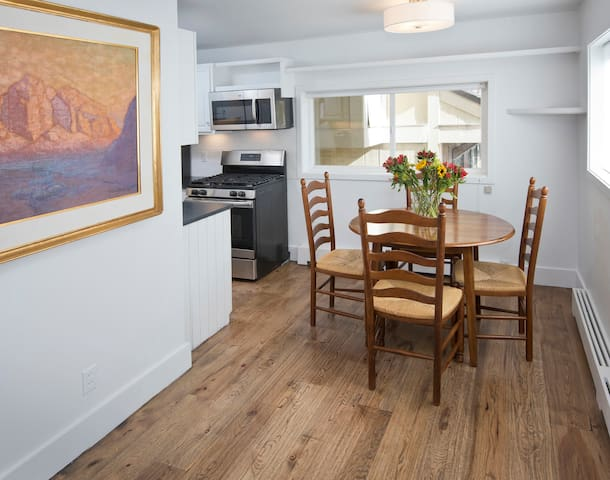 Affordable 2 bd 1 ba home in downtown Minturn.