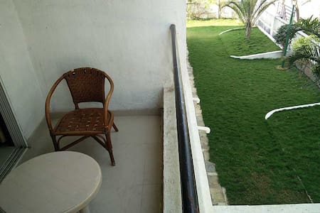 Upper Lonavala,2BHK,Common POOL & Lawns - Karla - Talo