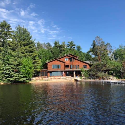 Elbow Lake Lodge -Whispering Pines Cabin