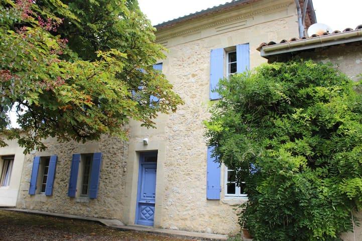 Garreau-en-Dordogne - Lamothe-Montravel - Dům