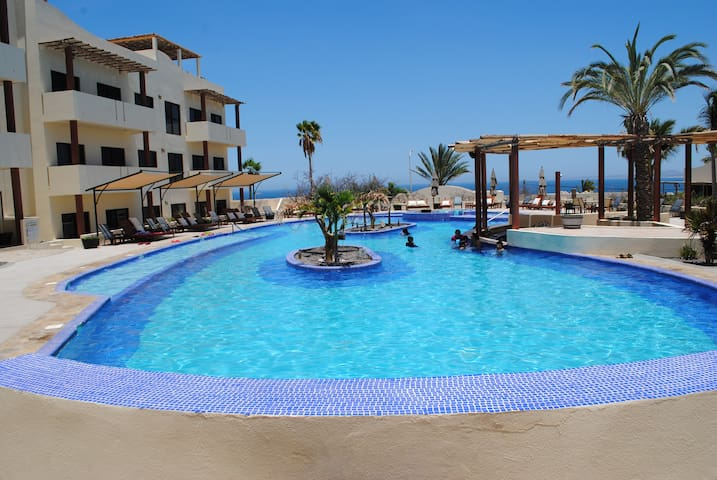 Pool Side Studio near the beach - La Ventana - Appartement