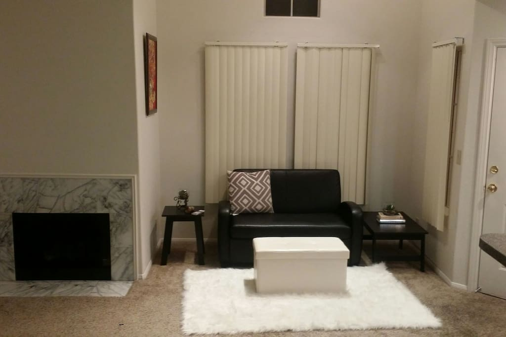 Cozy Warm Apartment In Henderson Flats For Rent In