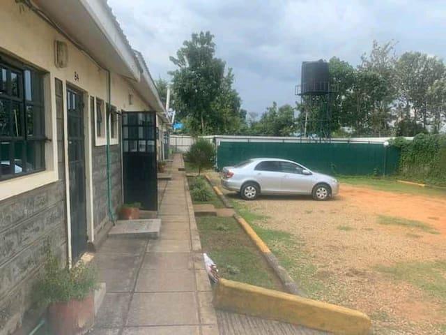 Chetambe Executive studio Apartments