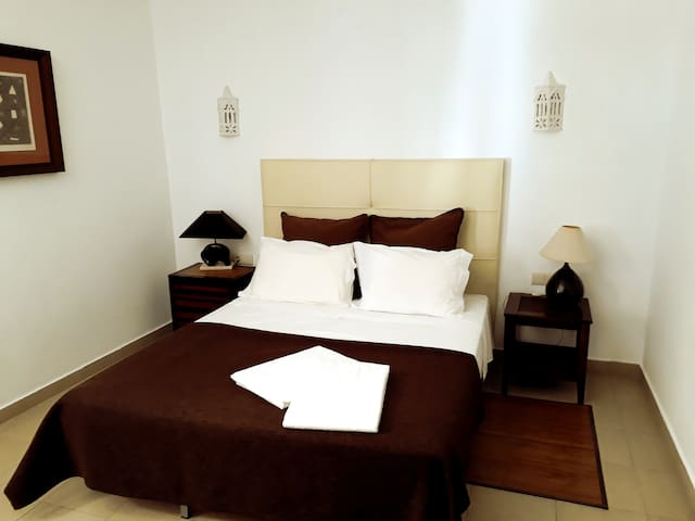 Good Size 1 Bedroom Apartment in Albufeira Center