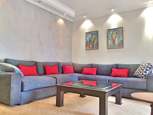 SPECIAL OFFER ! Well located, beautiful apartment