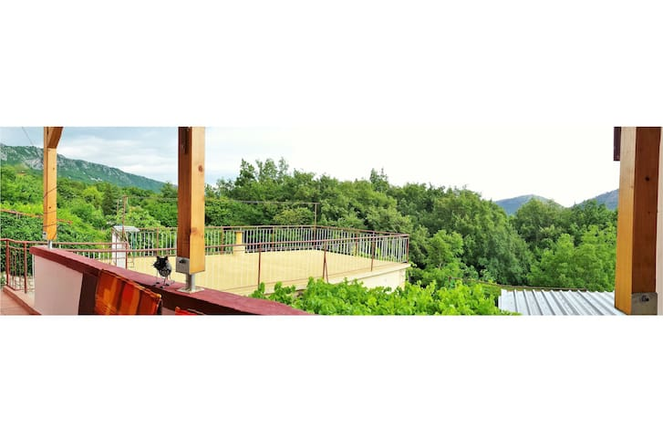2-bedroom apartment in nature for 4-8 persons - Bribir - Apartment