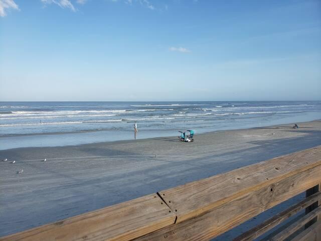 Changes in Latitude:  Enjoying the Beach Life