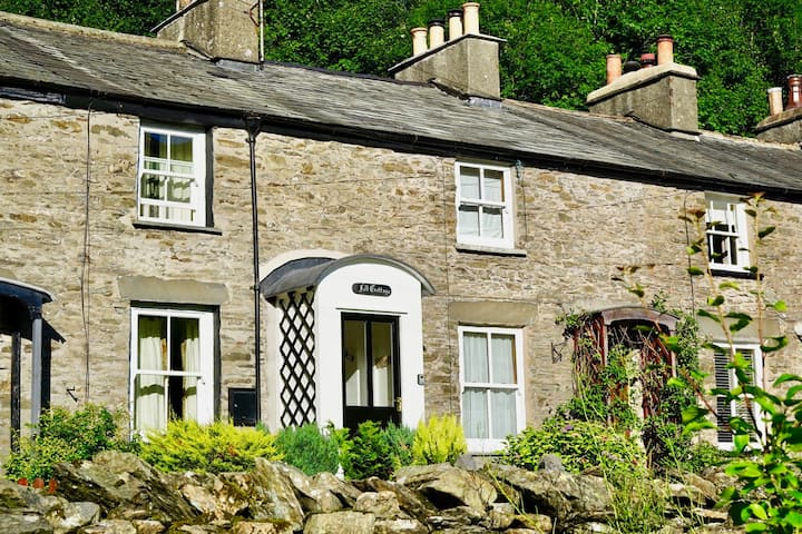 Fell Cottage, Staveley
