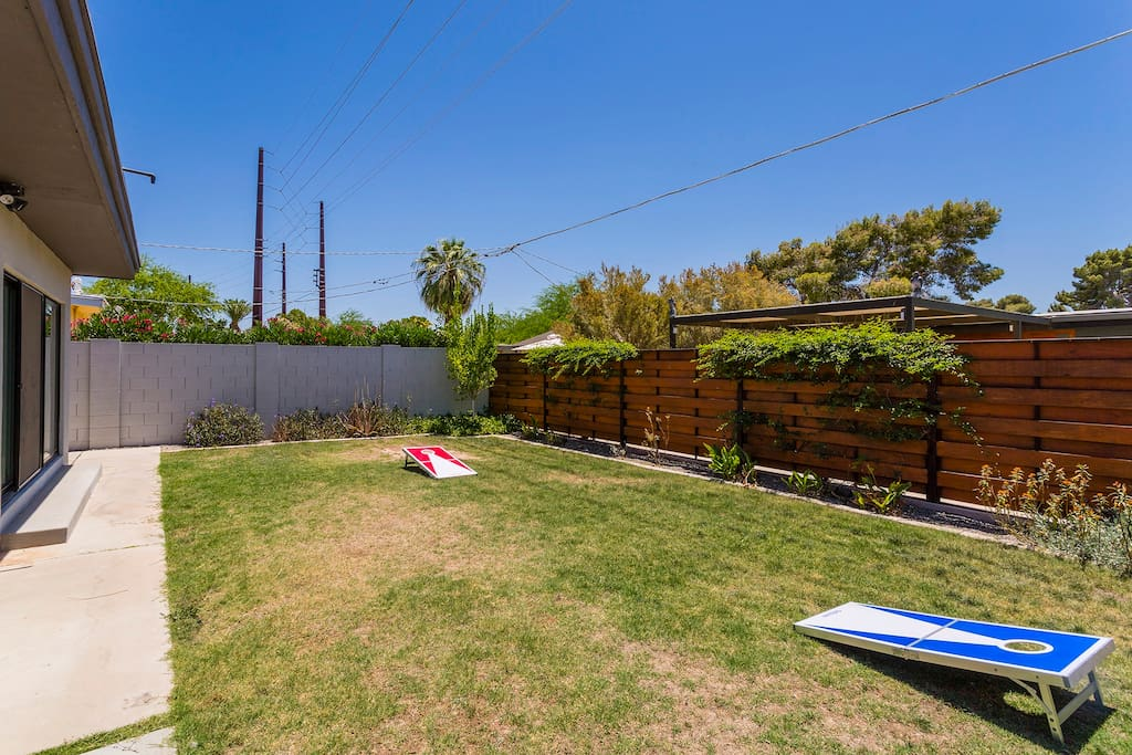 Large private outdoor space with yard games