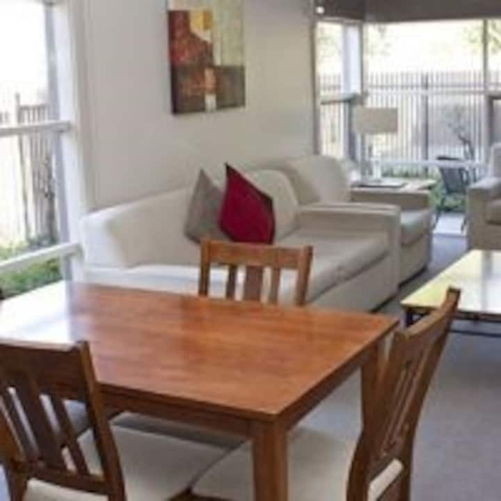 AAA Checkinn Apartments Shepparton