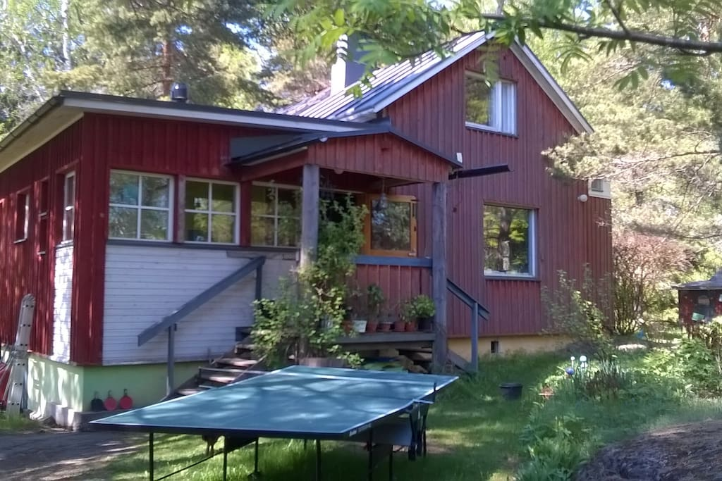 cosy wooden house with garden h user zur miete in espoo finnland. Black Bedroom Furniture Sets. Home Design Ideas