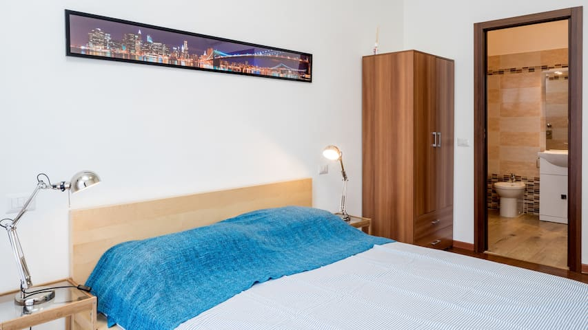 double bedroom n ° 1 for 1-2 guests