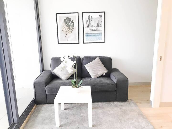 Scenic View 2 BR Apartment/WIFI-Melb.City Central