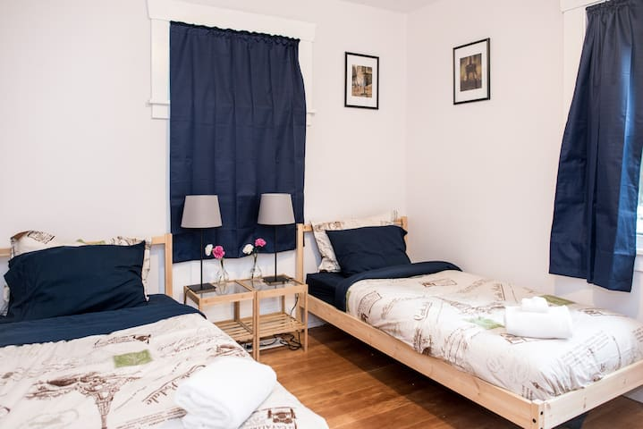 The European Room - Shared Coed (Right Bed)