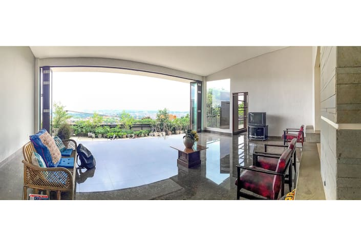 4BD Garden House with BandungView - Cimenyan - Dom