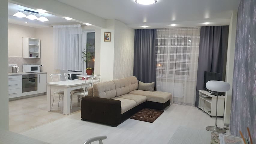 Grushevka apartment. Просторная квартира в центре
