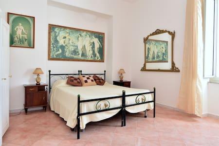 The Roses House, Fondo San Vito - Massa Lubrense - Flat