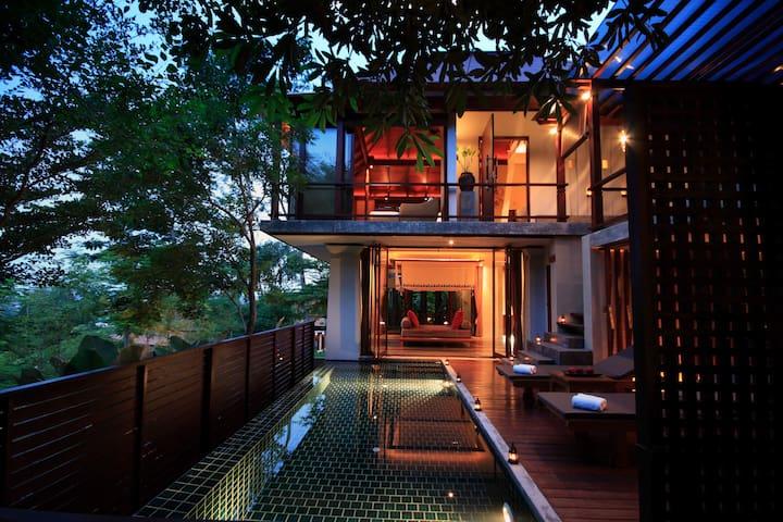 Treetop Duplex Pool Villa - Phuket - Huvila