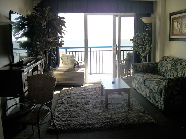 """Honeymoon Suite 6""(M-Th $39) thru April - Myrtle Beach - Condominium"