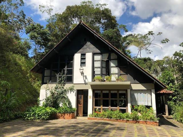 Casa de campo  condomínio  Domingos Martins