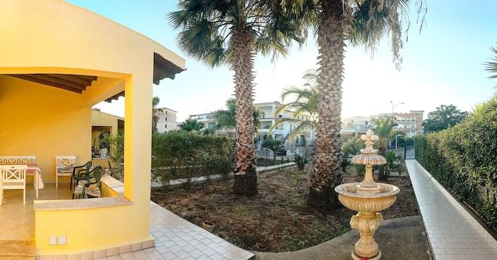 Villa Siciliana  - 300m from the beach