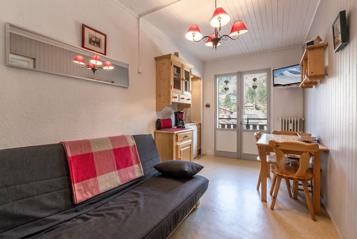 2 rooms, perfect situation, heart of the resort, ski schools nearby