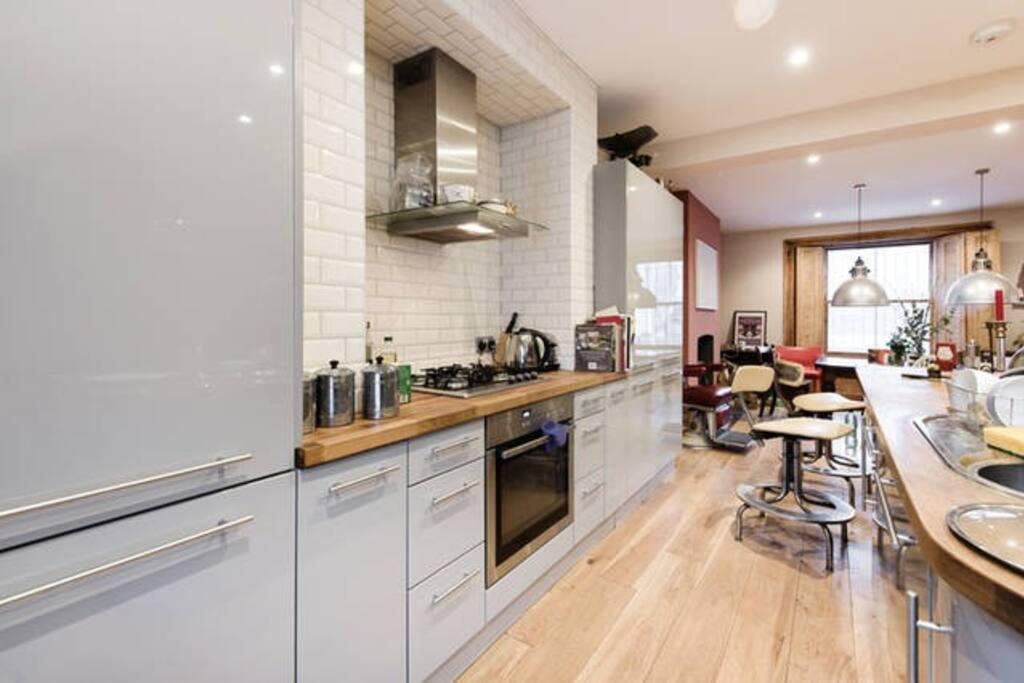 Kitchen, lower ground floor