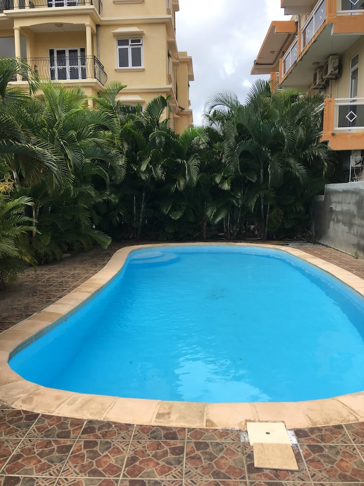Entire 3 bed apartment in Pereybere
