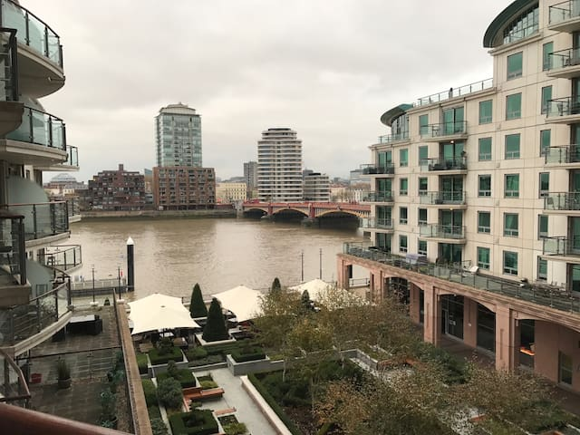 Beautiful and spacious 2 bed flat in zone 1 - Londra - Daire