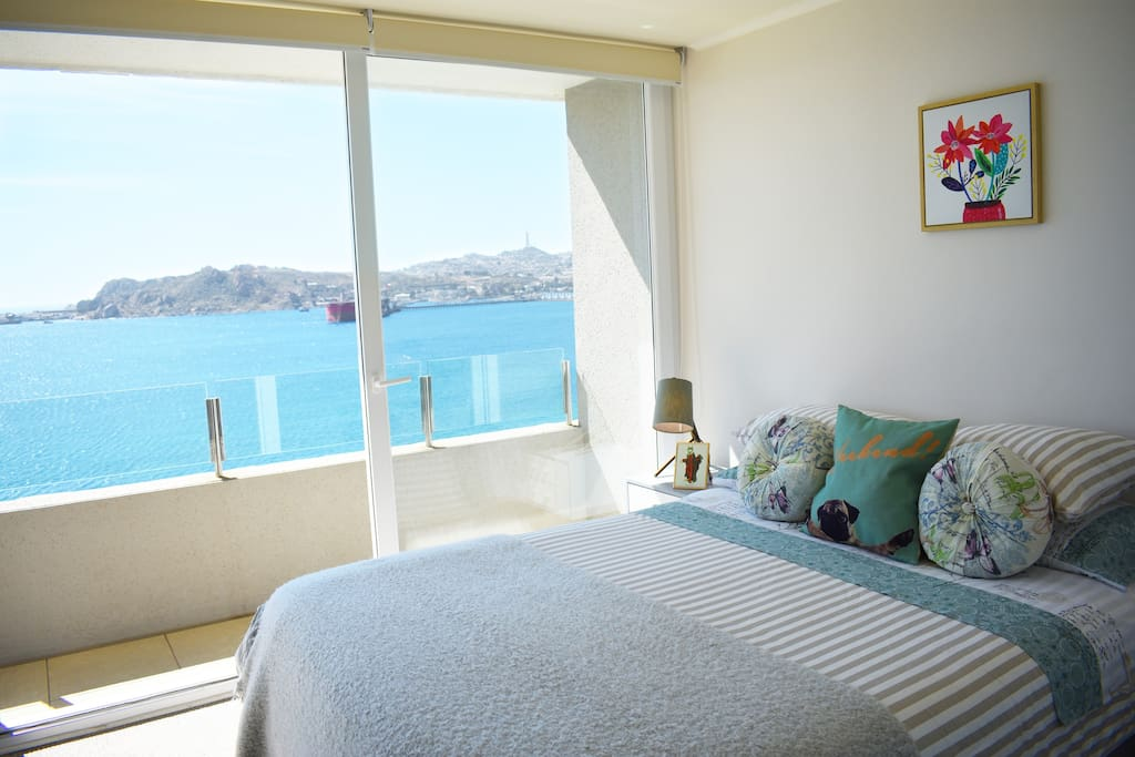 Dormitorio principal. Despertar cada mañana con esta vista te llenará de energía positiva.