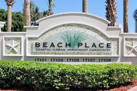 Escape to the Beach! - Sunny Isles Beach - Apartemen