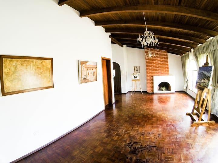Apartamento para oficinas y eventos Quito