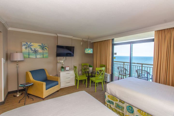 Oceanfront Studio Suite~Caravelle Resort 1513