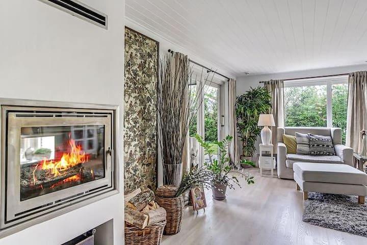 A Big Cozy House In Copenhagen - Glostrup - Hus