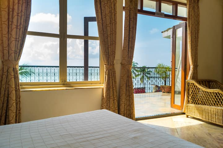 SEA VIEW ROOM 1 With A Private Balcony DONA PAULA