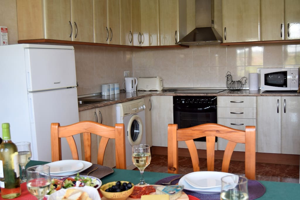 Large and well-equipped kitchen