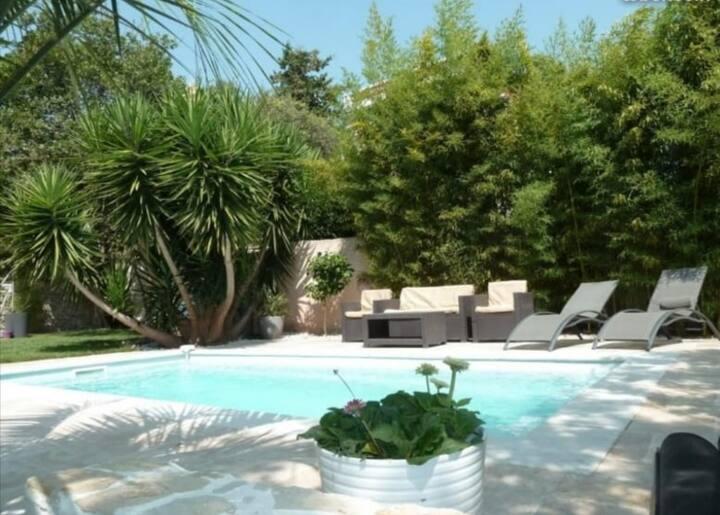 Villa avec piscine au Cap Brun Toulon