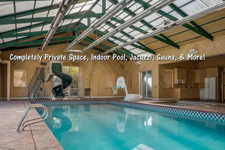 Ind.Pool,Jacz,Sauna+8000ft. 2 lowerlevels+Views!