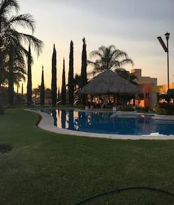 Casita con alberca - Emiliano Zapata  - Haus