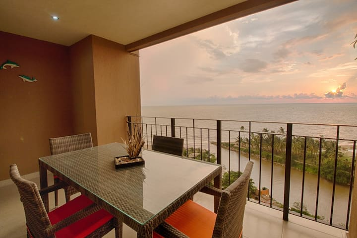 Ocean & Mountain View Condo | Pools, Gym, Two Private Balconies