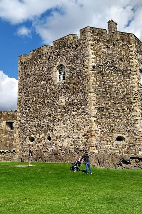 Blackness Castle ( Fort William )