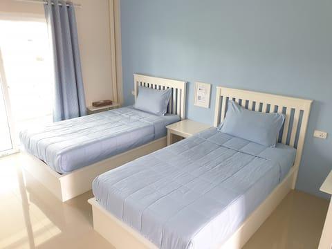 Twin Beds @Vanilla Ville Resort / Emerald Pool