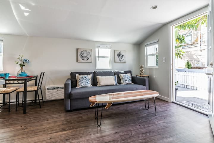 A+ 2 queen beds! Steps to Bay&Beach! New remodel!!