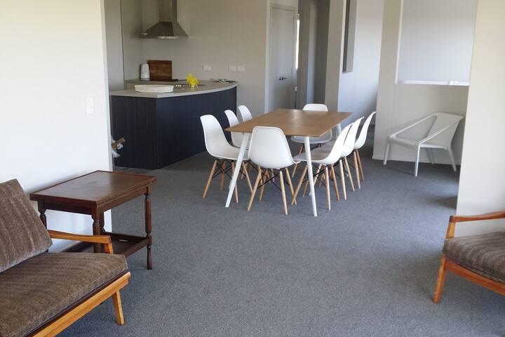 Taonui Holiday House, Waitarere