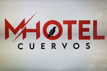 H/Motel Cuervos
