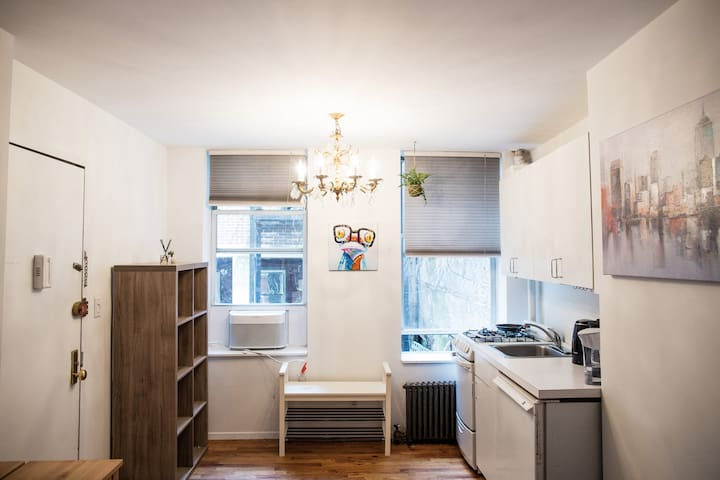 Private and Quiet 1BR Oasis in Heart of Chelsea!