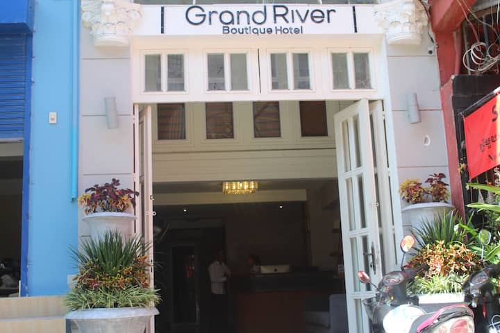 Grand River-Superior Double room